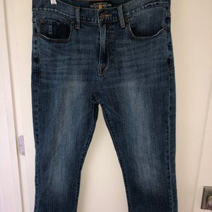 Lucky Brand 410 Athletic fit straight leg jeans